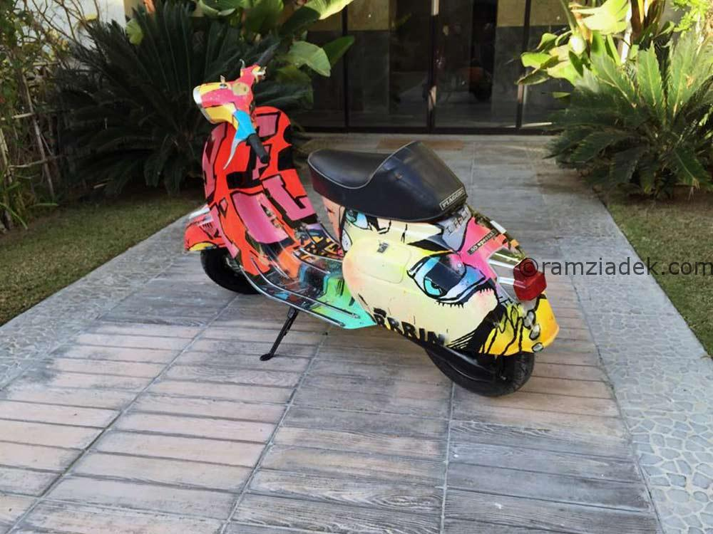 Vespa pop art custom